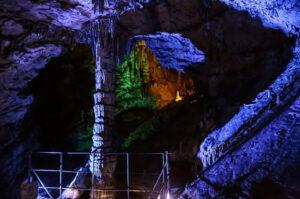 Крсота в пещере